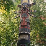 009. totem paal